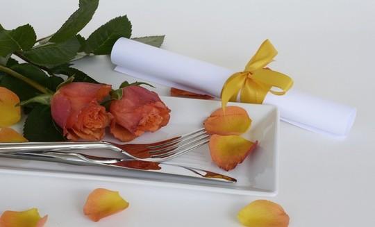 Roses--1475925246