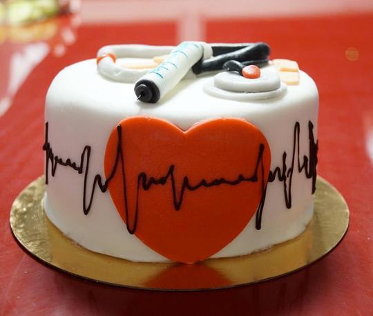 Mesdemoiselles Gourmandises Cupcakes Cake Kisskissbankbank