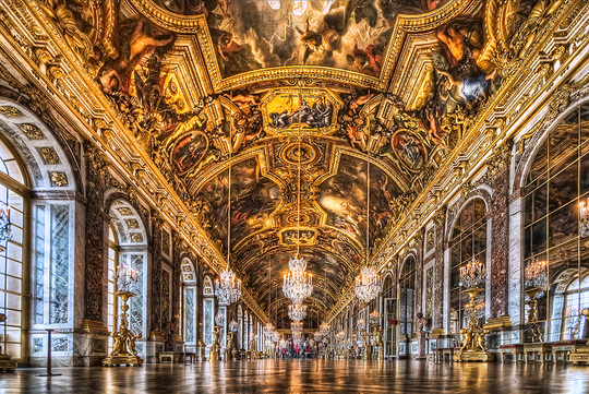 Versailles-palace-hall-of-mirrors-minibus-tours-1479549852