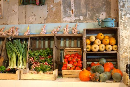 3-epicerie-vegetale-paris11-bio-fleuriste-creditphotos-luciedelaheronniere-parisbouge-1480937000