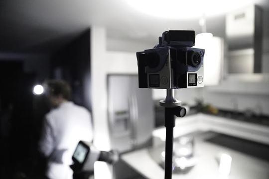 Camera-1481115316