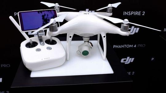 Dji-phantom-4-pro-front-1482355612