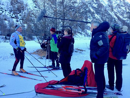Groupe_aveugle_ski_tournage-1483617536
