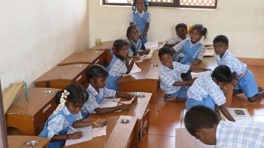 Classe-eleve-vellai-thamarai-inde-1485540332