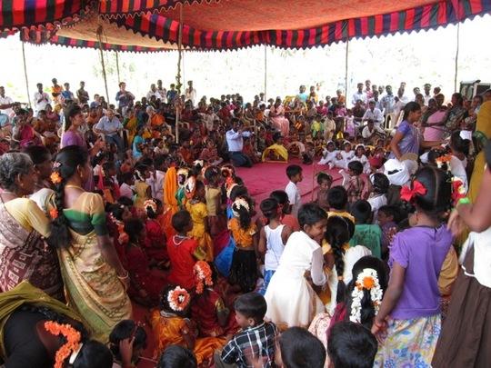 Fete-ecole-vellai-thamarai-inde-1485540944
