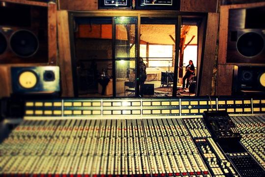 Studio-1485597166