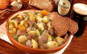 Irish_stew__brown_bread_and_guinness-1485794944