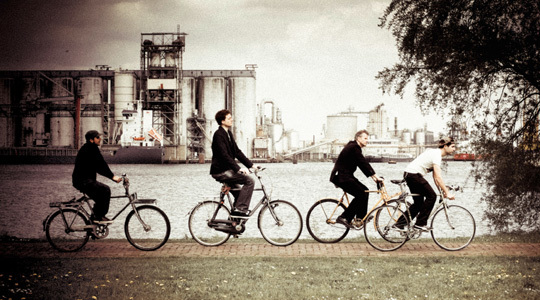 Crowd_photo_biking-1485912031