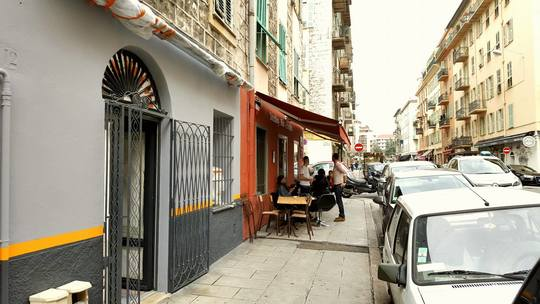 Domus_bar_facade-1488290554