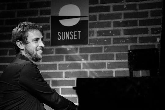 Antoine_galvani_-_sunset_2014-1488380426