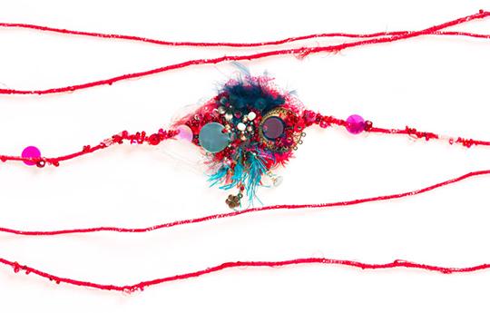 Lilakacemi-bijoubrode-amulettegrandmodele-rouge2_540px-1488995512