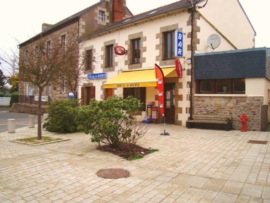 Photo_bar_de_la_mairie-1489685981