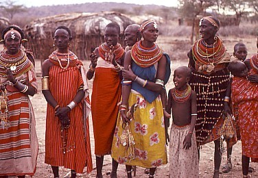 G.masai_village_women_and_children_kenya-1492429577