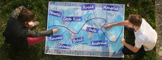 Carte_tour_du_monde_vue_du_dessus-1494838552