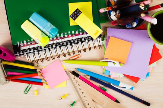 Des-substances-chimiques-indesirables-dans-les-fournitures-scolaires-1497551036