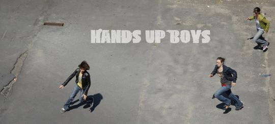 Handsup-1501515253