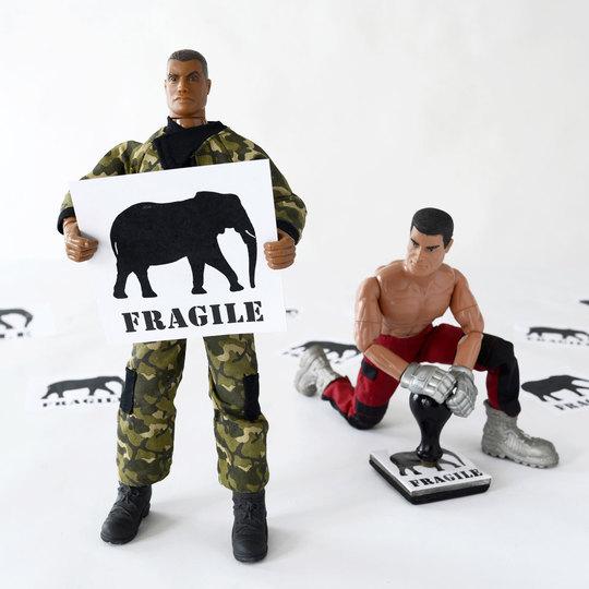 Roma-napoli-elephant-fragile-bd-1502321624