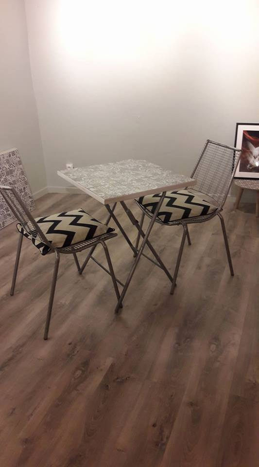 Op_ration_relooking_table_et_chaises-1504261242
