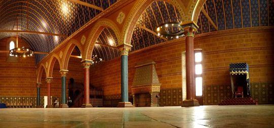 Blois_ch_teau_hall-1505120712