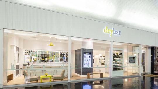 Salon_dry_bar_devanture_avec_bar-1506602922