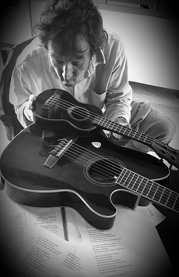 Fb_joel_maman_guitare_bdbd-1518468075