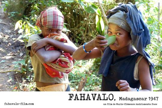 Fahavalo-girls-drink-offering-1525443113