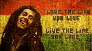 LOVE_THE_LIFE-1447188074.jpg
