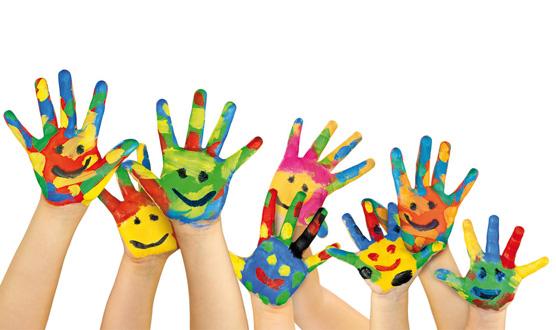 mains-enfants-peinture-1461791876.jpg