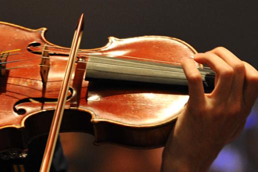 sorede-concert-classique-a-notre-dame-du-chateau_543321_516x343-1463234922.png