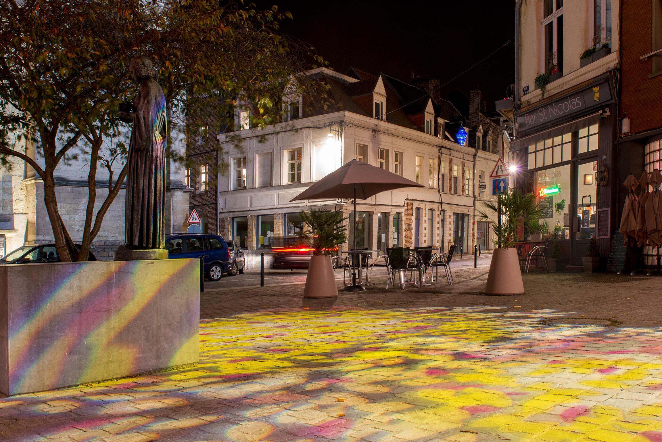Interlude-nocturne_Place-Saint-Nicolas_Agence-Concepto_Cr_dit-Thomas-Douvry-1463829832.jpg