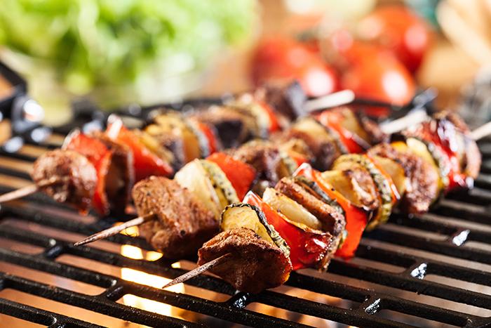 Barbecue-les-erreurs-a-eviter-1465230161.jpg