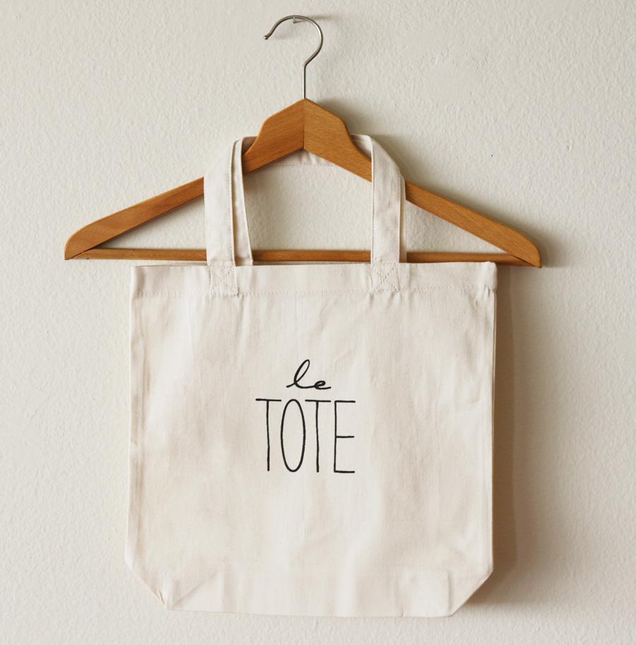 custom-tote-bag-1474875395.jpg