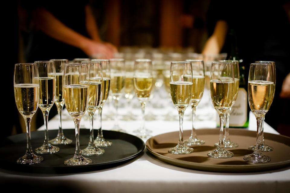 champagne-1476708649.jpg
