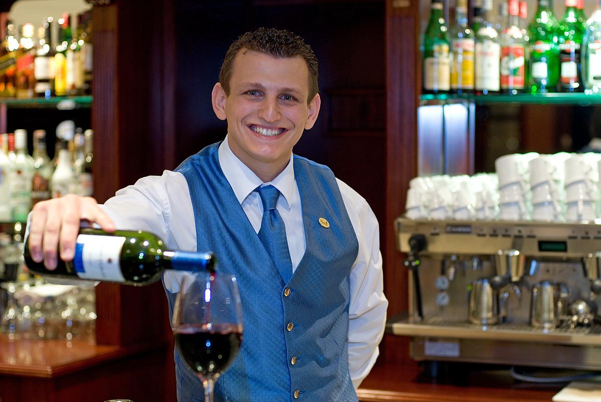 devenir-barman-1480690341.jpg