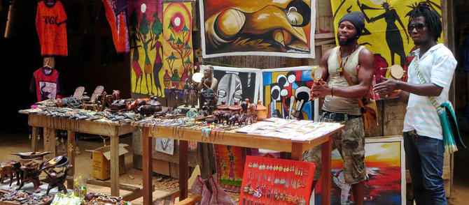 RS_Souvenir_sellers_in_Togo-1488212014.jpg