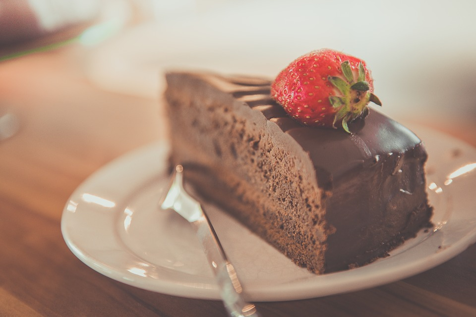 cake-1850011_960_720-1489154094.jpg