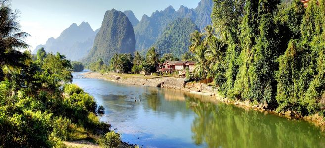 surreal-landscape-by-the-song-river-at-vang-vieng-laos-image-id-114936529-1425376906-bWED-1493558356.jpg