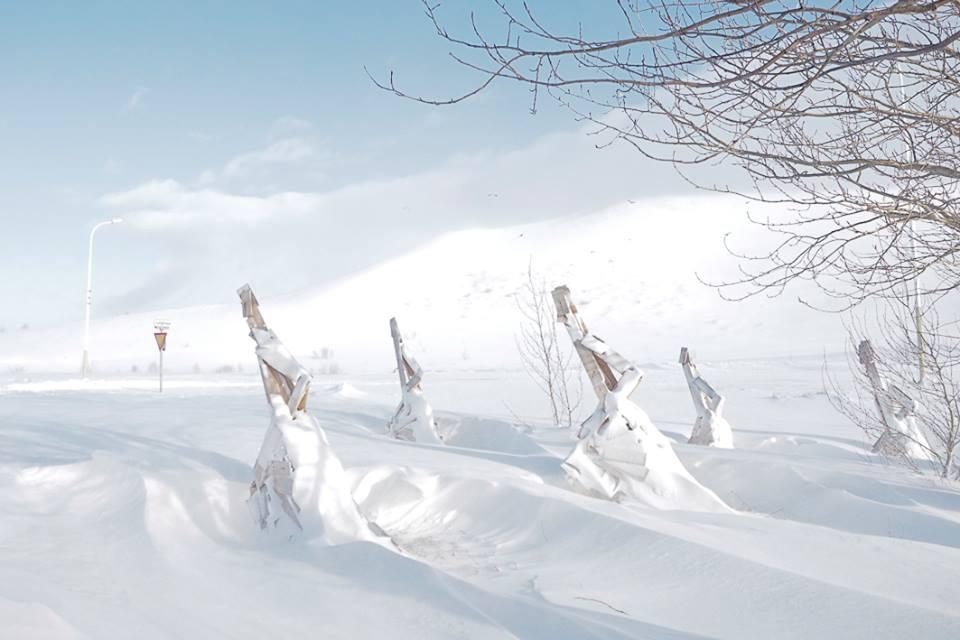 Unpeupledepassage-Iceland-snow-1493909489.jpg
