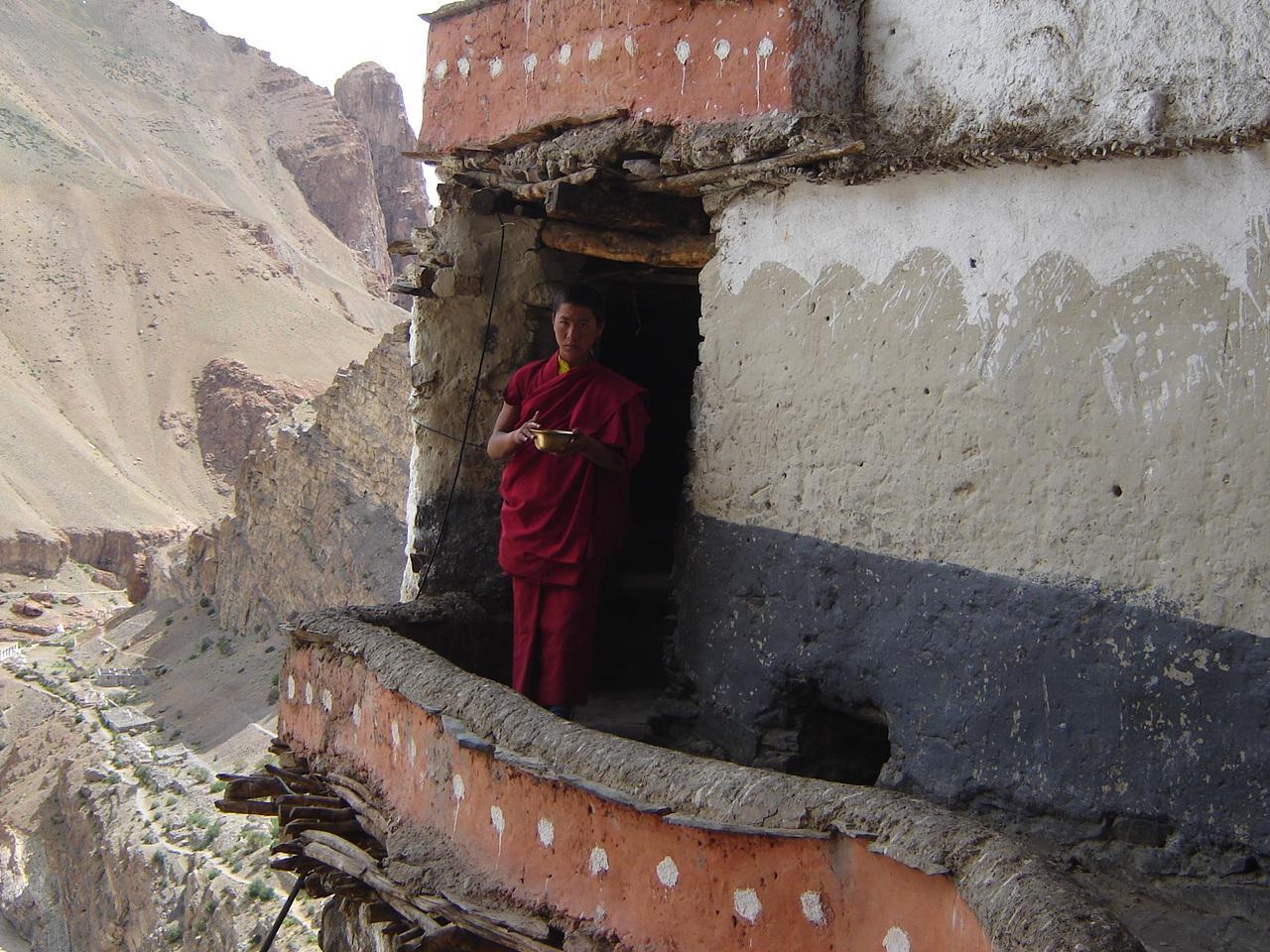 lama-dorjay-du-monastere-de-muney-1494951913.jpg