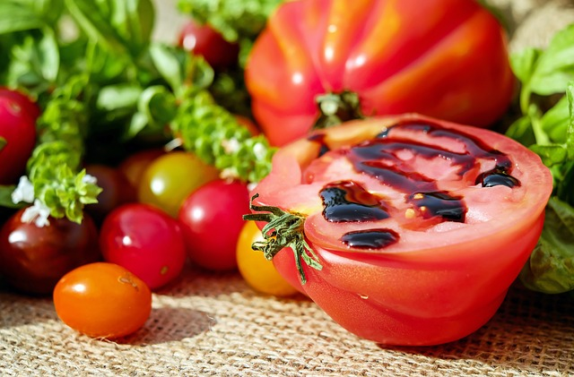 tomatoes-1587130_640-1499609937.jpg