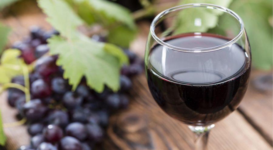 24146-boire_un_verre_de_vin_rouge_serait_il_aussi_benefique_une_heure_de_sport-1509404181.jpg