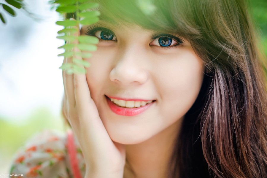 Brunes-femmes-bleu-yeux-mod_egrave_les-asiatiques-visages-tissu-soie-font-b-art-b-font-mur-affiche-1510258476.jpg