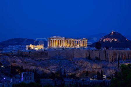 5192017-vue-de-nuit-de-l-acropole-athenes-grece-1510416980.jpg