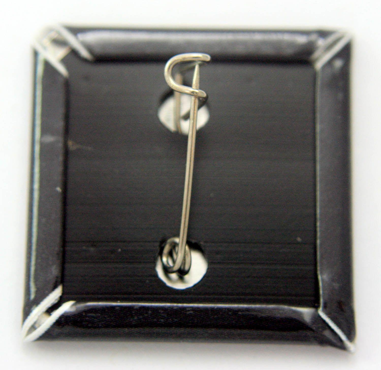 joy-division-unknown-pleasures-square-badge-_2_-17671-p-1510629485.jpg