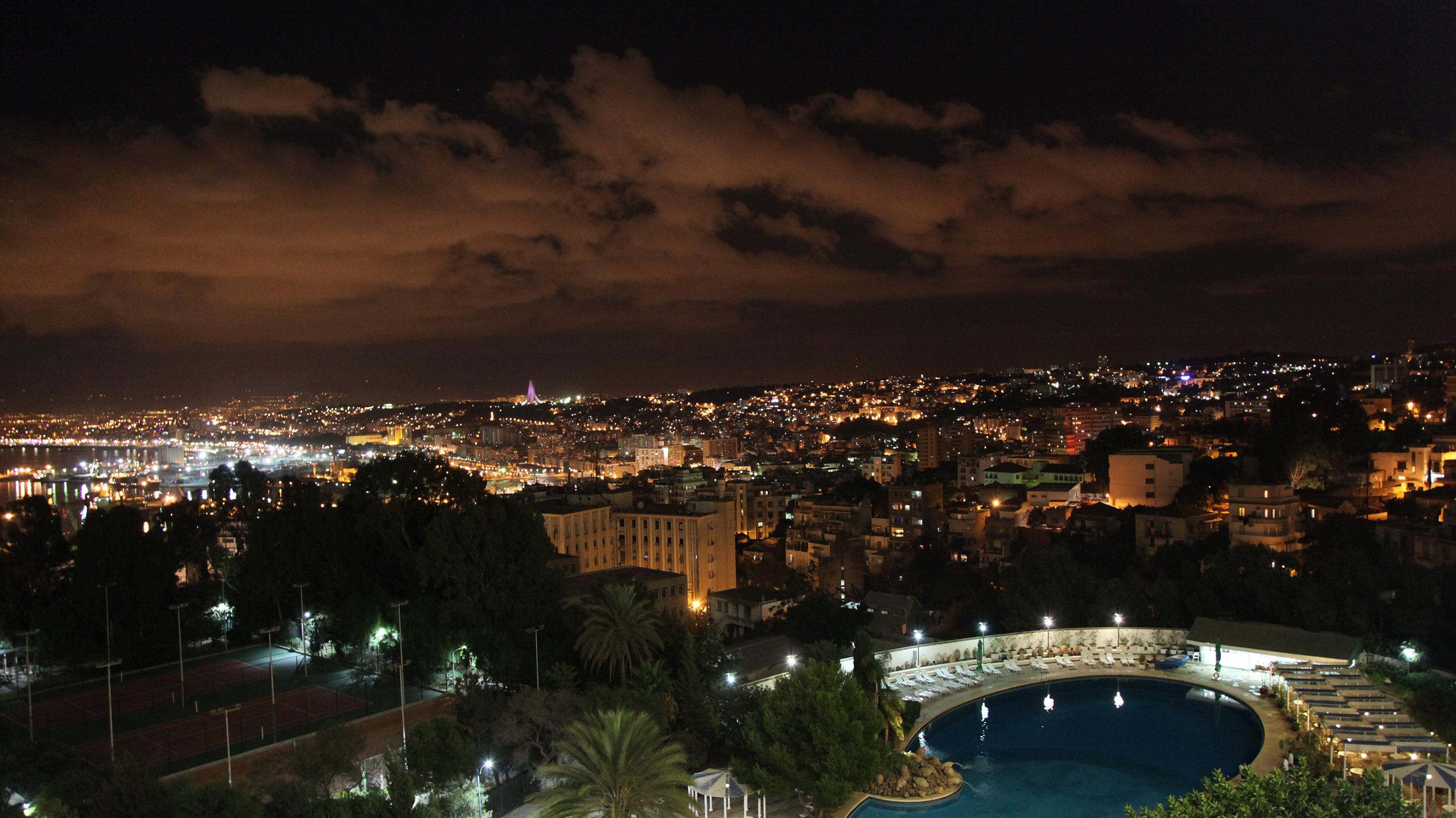 Alger-nuit-bis-1512303922.jpg