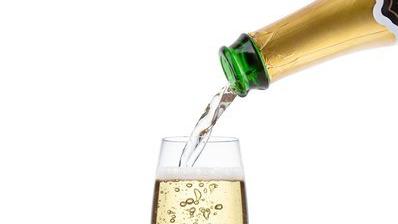 champagne_2500.max-800x600-1516282369.jpg