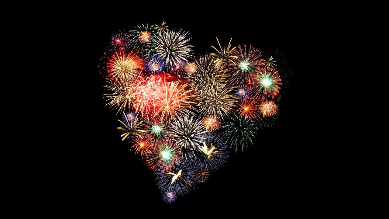 Fireworks_Heart_Black_background_536000_1280x720-1518713383.jpg