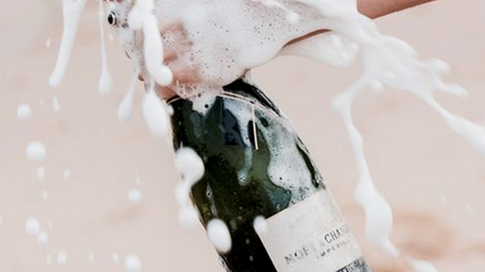 champagne-1519311205.png