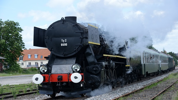 arques_locomotive_vapeur_051____2013-Photo_Carl-Office_de_Tourisme_de_la_R_gion_de_Saint-Omer-1521563152.jpg