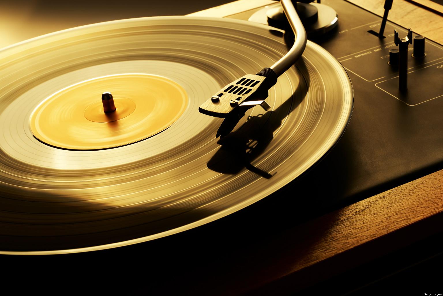 vinyl-records2-1521714618.jpg
